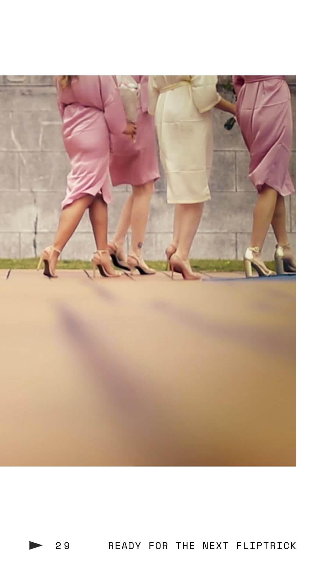 新娘與伴娘穿浴袍